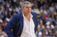 Doug Moe, allenatore offensivo di prima classe.